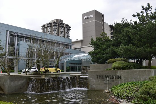 The Westin Bayshore, Vancouver: This is the front of the Westin