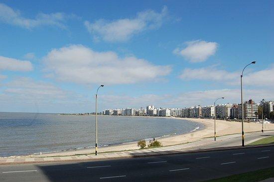 Playas frente a la Rambla de Montevideo