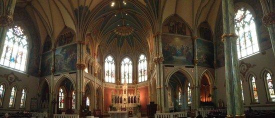 Cathédrale Saint-Jean-Baptiste : Beautiful