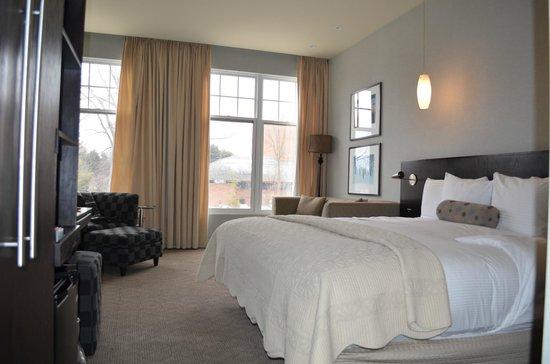 Shaw Club Hotel: Our room !