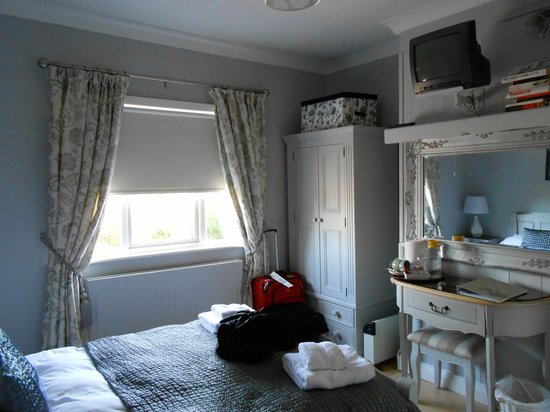 Beech Lodge B&B: Our 1st room-Nights 1 & 2
