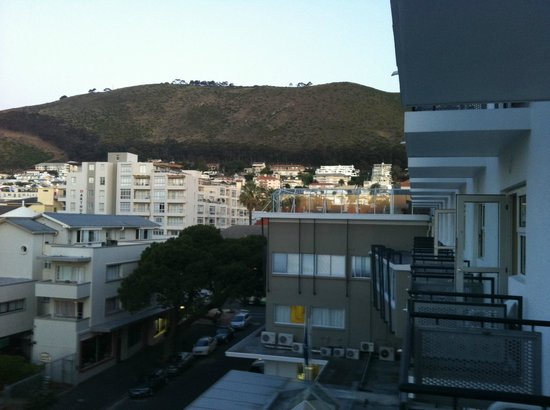 Protea Hotel Cape Town Sea Point: Vista da varanda do quarto