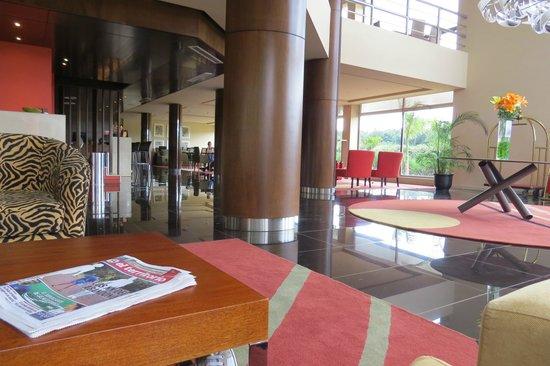 Grand Crucero Iguazú Hotel: Lobby