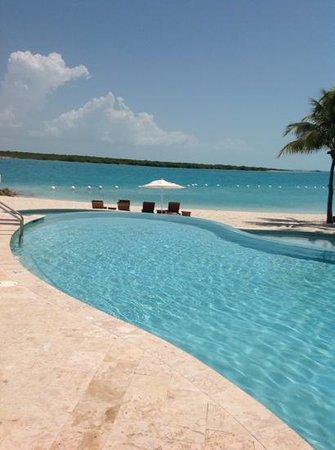 Blue Haven Resort: pool and beach