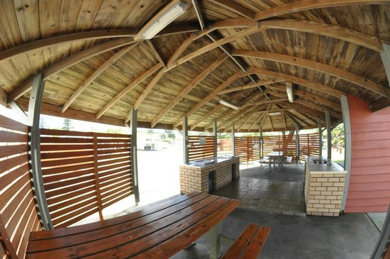 North Coast Holiday Parks Forster Beach: Large BBQ area.