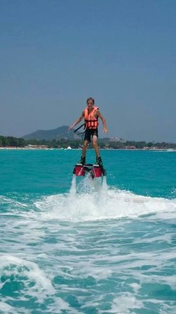 Flyboard Koh Samui Chaweng Beach : young boy
