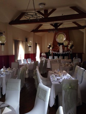 The Offley Arms: Function room set up for a wedding.