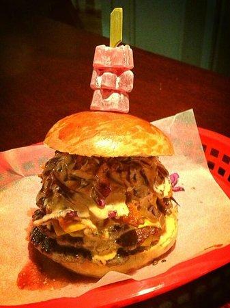 The Lodge - Ale House & Kitchen: Burger Van Menu