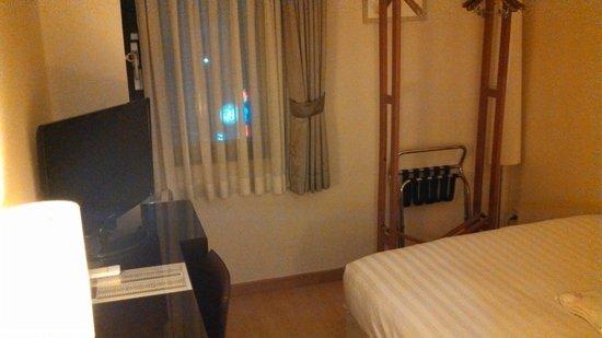 Doulos Hotel: 6階なので景色はキラキラ
