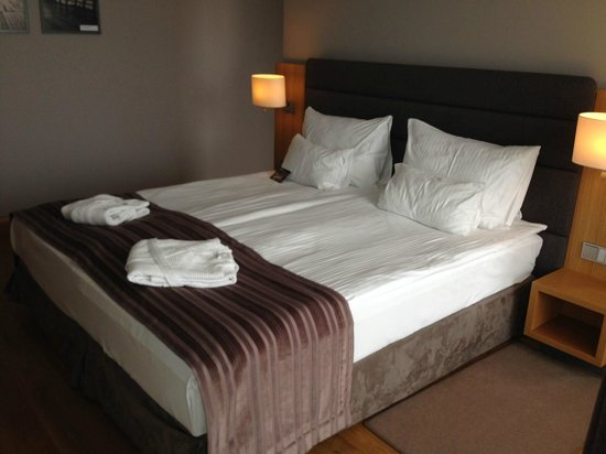Mera Spa Hotel: Bed