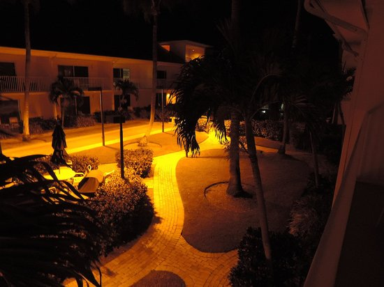Sandpiper Gulf Resort: Night View from our Room