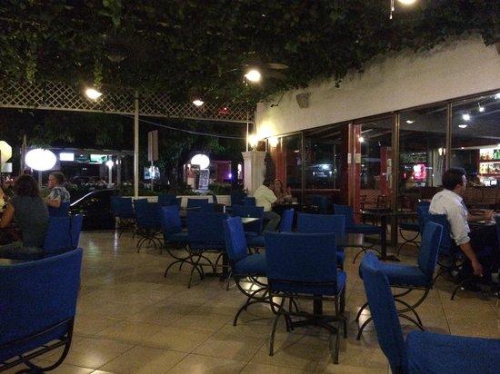 Habibi's : Terrace