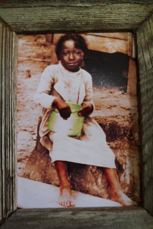 Laura: A Creole Plantation: An actual slave photo just before the Civil War ended