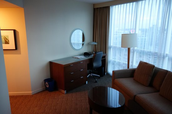 The Westin Grand, Vancouver: Upgraded suite