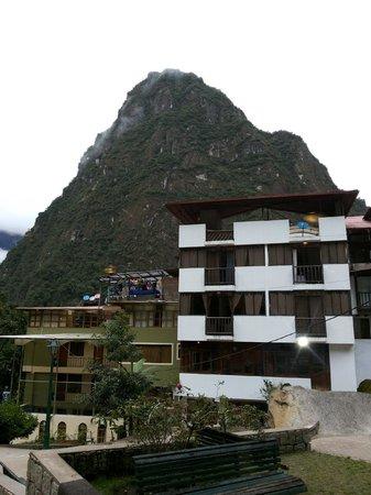 Taypikala Hotel Machupicchu: Vista espetacular da janela do quarto
