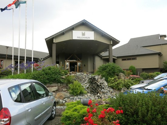 Millennium Hotel Rotorua : The front of the hotel