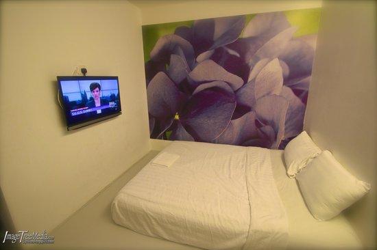 V Garden Hotel: Cozy rooms