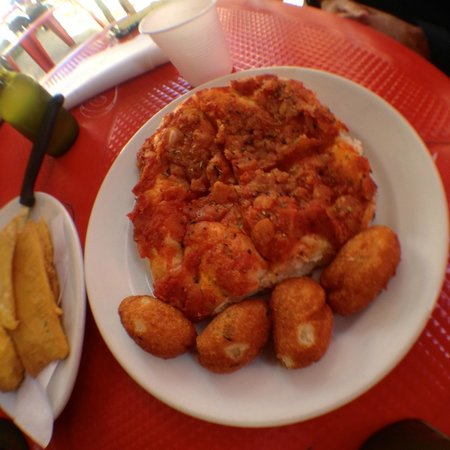 Cooking Class with Mamma Lucia & Vincenzo: Sampling Sicilian street foods at Mercato di Capo