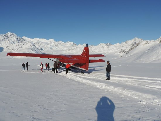 Glacier landing with Talkeetna Air Taxi