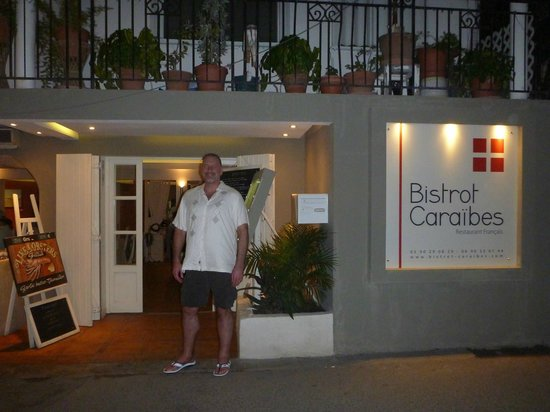 Bistrot Caraibes: In front of Bistro Caribe, so you know what it looks like