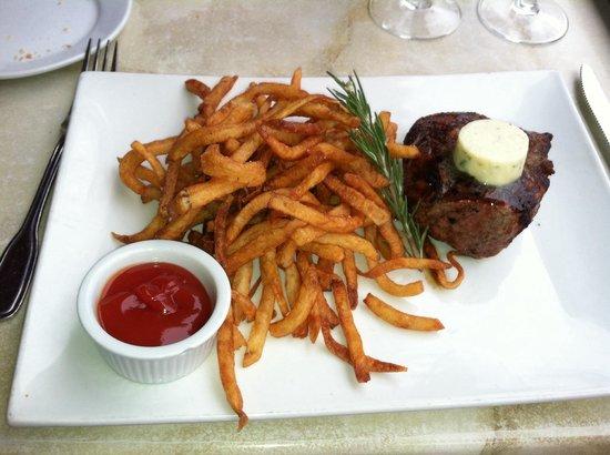 Pistache French Bistro : Steak Fritz