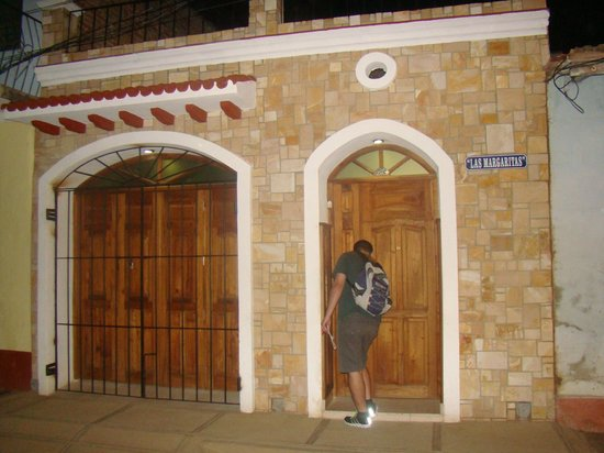 Hostal Las Margaritas: Frente da casa