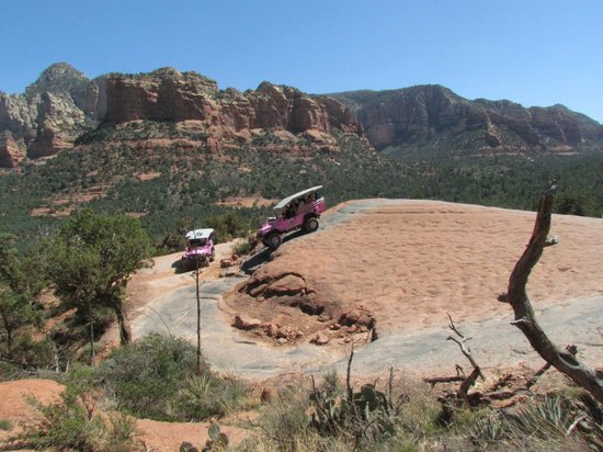 Pink Jeep Tours Sedona : First thrilling hill - pretty good incline at it's steepest