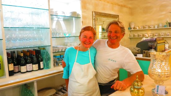 Ziezo Restaurant: The ever so lovely Anita and Rolf, the hosts