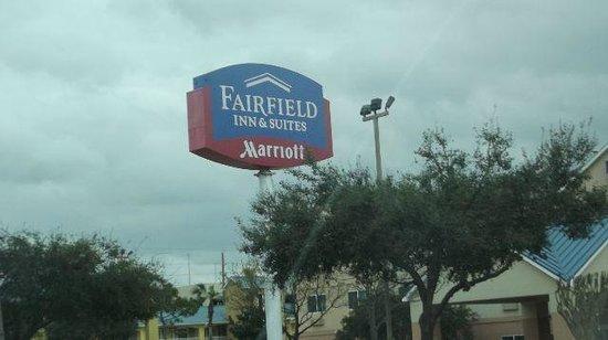 Fairfield Inn & Suites Houston I-10 West/Energy Corridor: Hotel sign