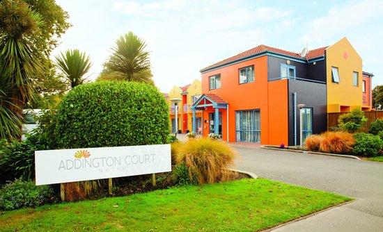 Addington Court Motel : Main Entrance & Sign