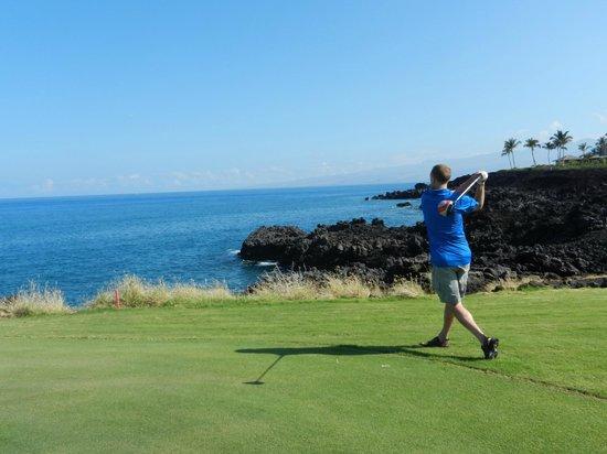 Waikoloa Beach Golf Course: Hole 7, NOT the tee box!