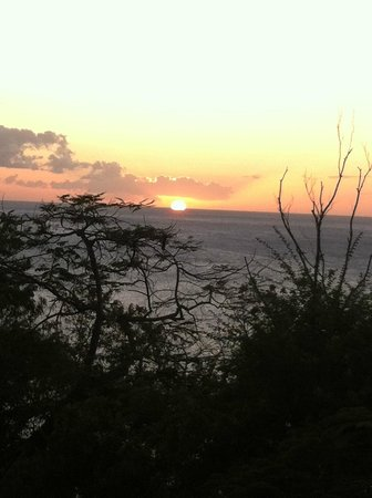 Portsmouth, Dominica: Another sunset from Villa deck (Zabuco III)
