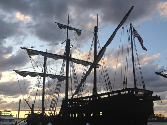 River Street Savannah: replica of Pinta there for a few weeks
