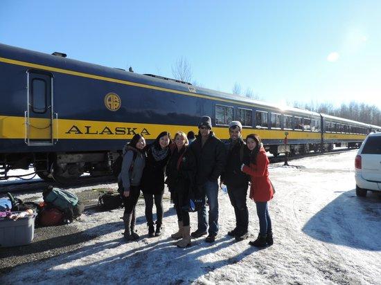 Salmon Berry Travel & Tours: The Alaska Railway and our tour group