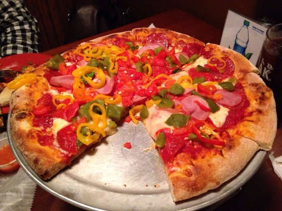 Tony's Brick Oven Pizzeria: Pepperoni Pizza w/ roasted peppers, Canadian bacon, & banana peppers.