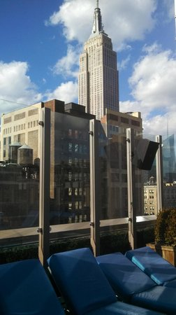 Royalton Park Avenue: rooftop pool view of Empire State building
