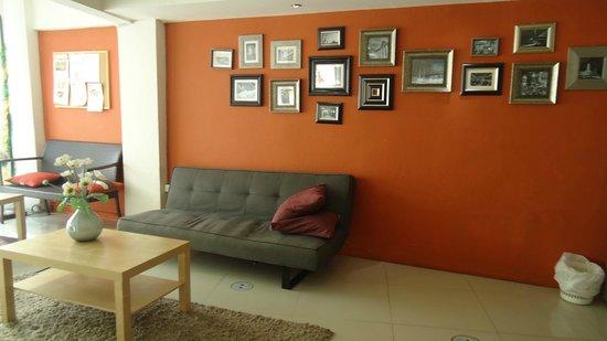 Link Corner Hostel Bangkok: rest area