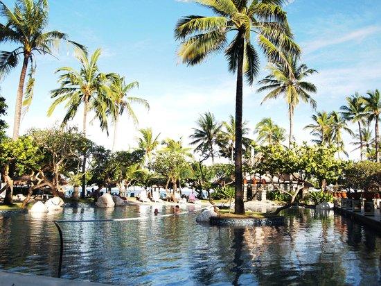 Nusa Dua Beach Hotel & Spa: Swimming Pool