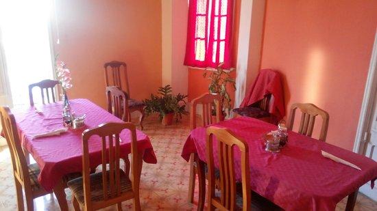 No Limit Hostel Havana: столовая