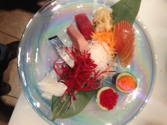 Nami Sushi: sashimi tuna,hamachi,saba,squid & fish eggs