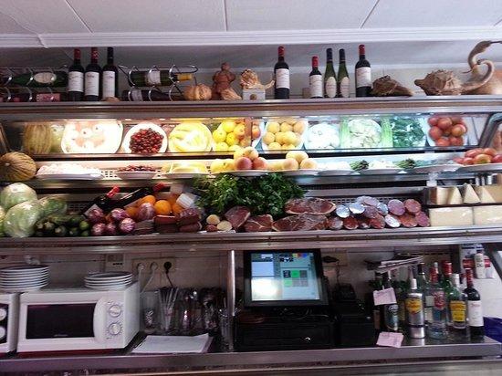 Restaurante layton en alicante con cocina otras cocinas for Cocinas alicante precios