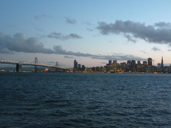 Extranomical Tours : The Bay on our return to San Francisco