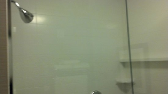 Fairfield Inn & Suites Towanda Wysox: Huge Shower