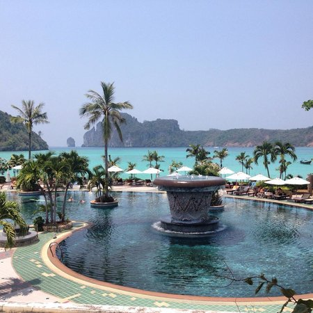 Phi Phi Island Cabana Hotel: View from room 1226