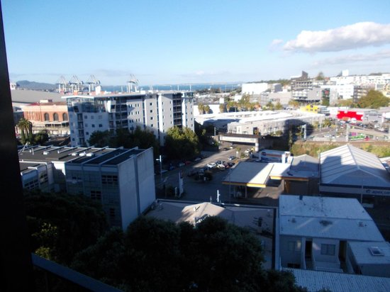 Copthorne Hotel Auckland City: Out the back door