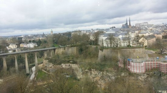 Sofitel Luxembourg Le Grand Ducal : View from the breakfast area