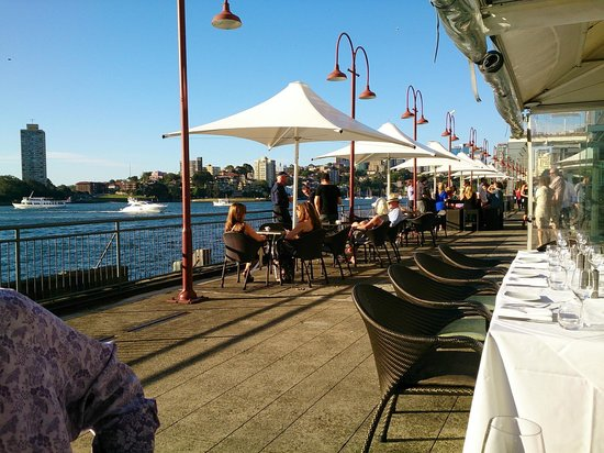 Pier One Sydney Harbour, Autograph Collection : Restaurant on wharf area outside