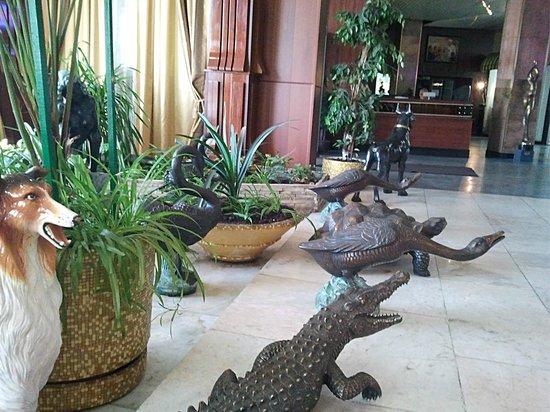 Yunost Hotel: холл