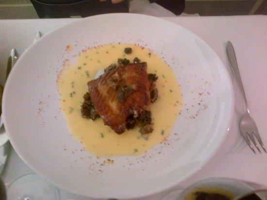 Restaurant Mariette : turbot grillé au beurre blancs et champignons sautés