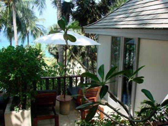 The Surin Phuket: Blick zum und vom Bungalow
